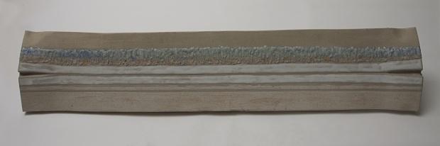 ultimi lavori Orizzonte 007Untitled-11.tif gres+smalti ossidi e cenere Dim. cm.124x24x8