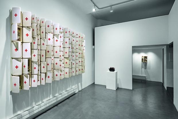 1 Bertozzi & Casoni. Così è (se vi pare), Galleria Anna Marra, Roma