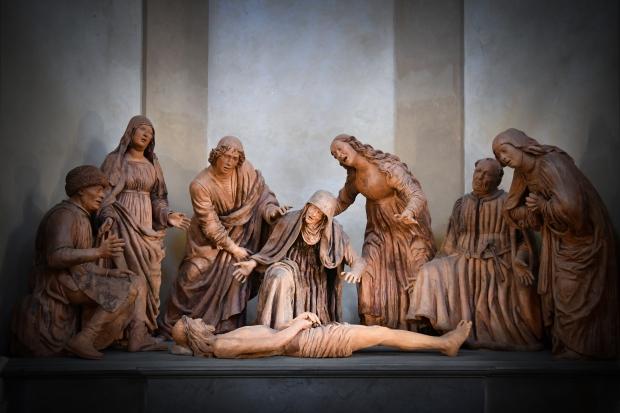 guido mazzoni_compianto su cristo morto_1476_ terracotta con tracce di policromia_confraternita san giovanni della buona morte